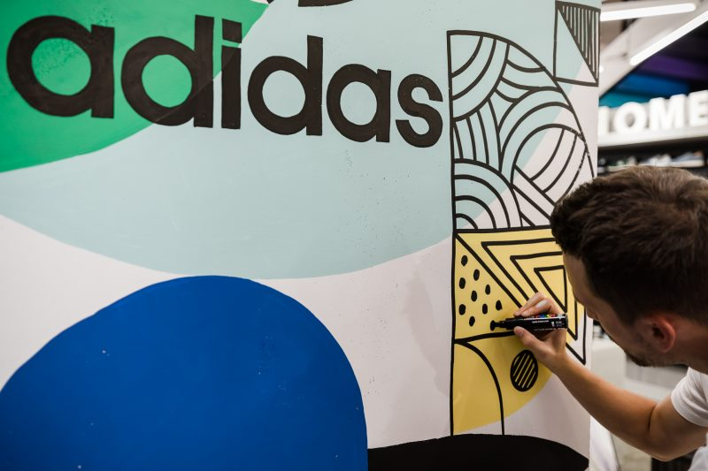20170708-Retail3D-Adidas-GraphCitadiumCE-41